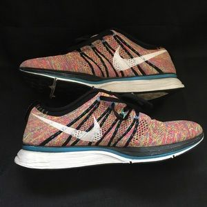 Nike flyknit racer pre owned very good condition